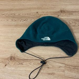 The north face hat size large boys